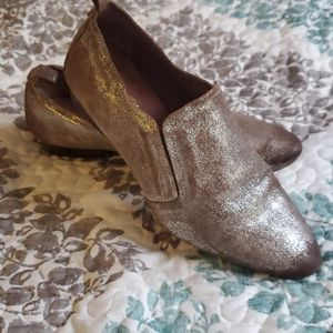 Seychelles matellic slip on loafer shoe